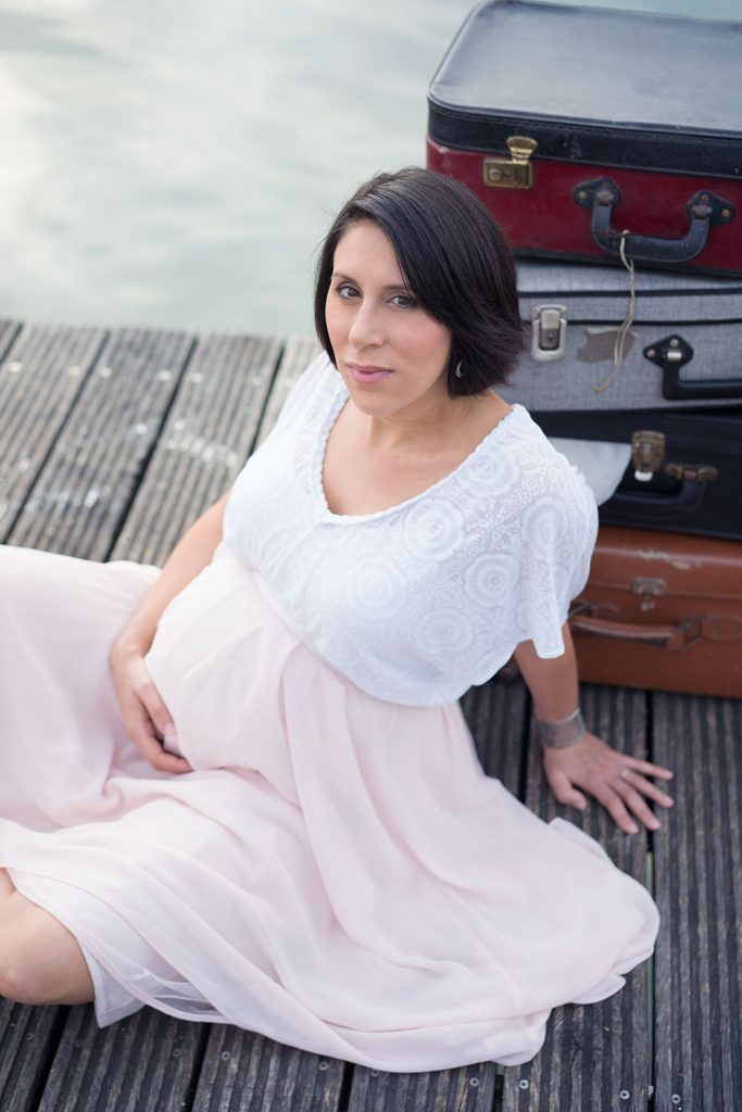 Beautiful pregnant soon mother to be pregnancy photo shoot travel theme - Photographer in Berlin Geneva