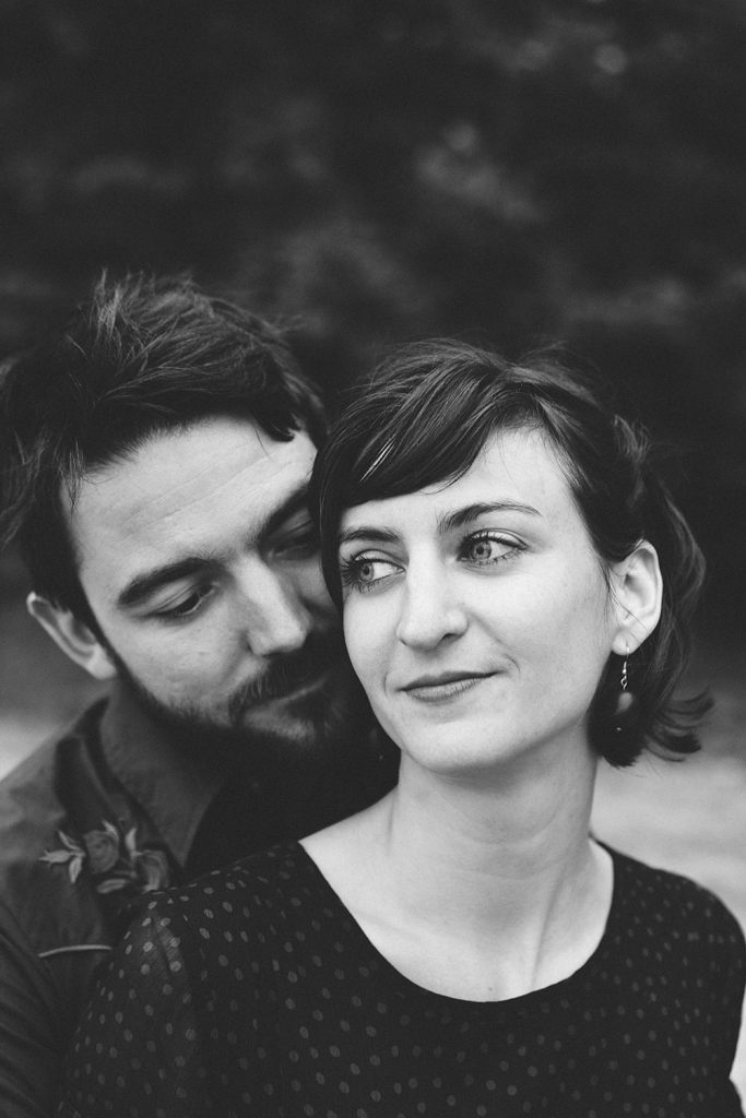 Love portrait couple simple natural photo shoot at the beach - Photographer in Berlin Geneva