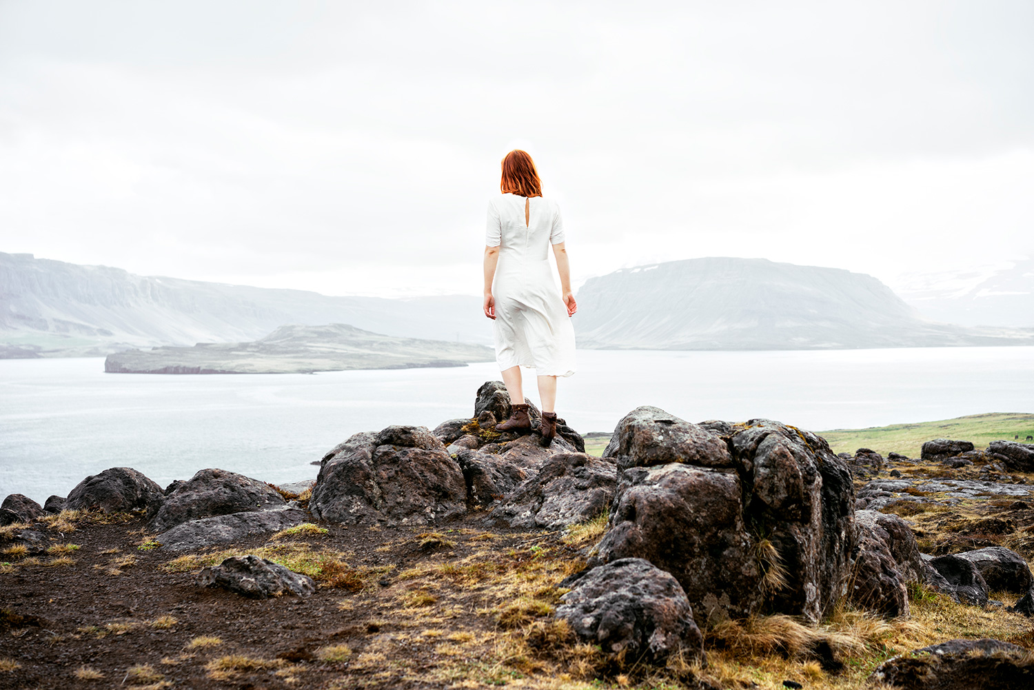 Wonderland dreamy photos in Iceland mountain lake - Delphine Millet Art photographer in Berlin Geneva